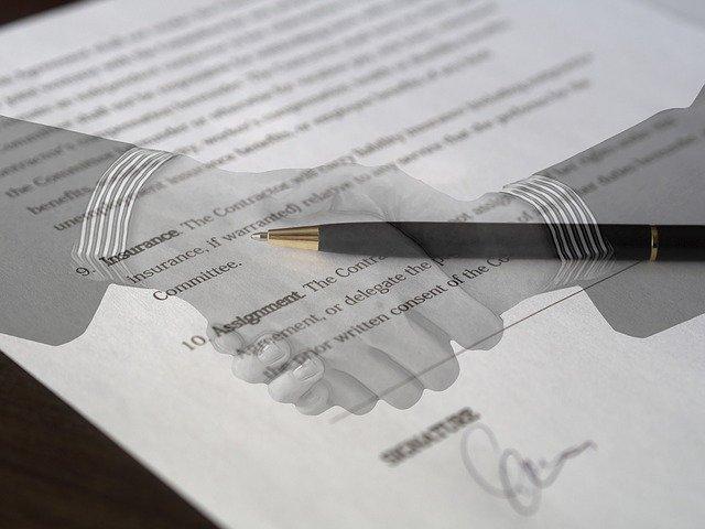 Firma de la documentación para poder bucear