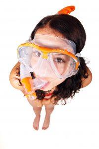 Máscara y tubo del equipo de buceo